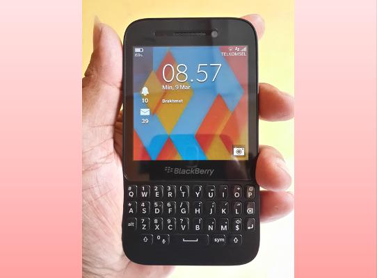 Cara Download Aplikasi Play Store Di Blackberry Z10
