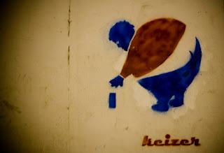 Logo de pepsi y arte callejero