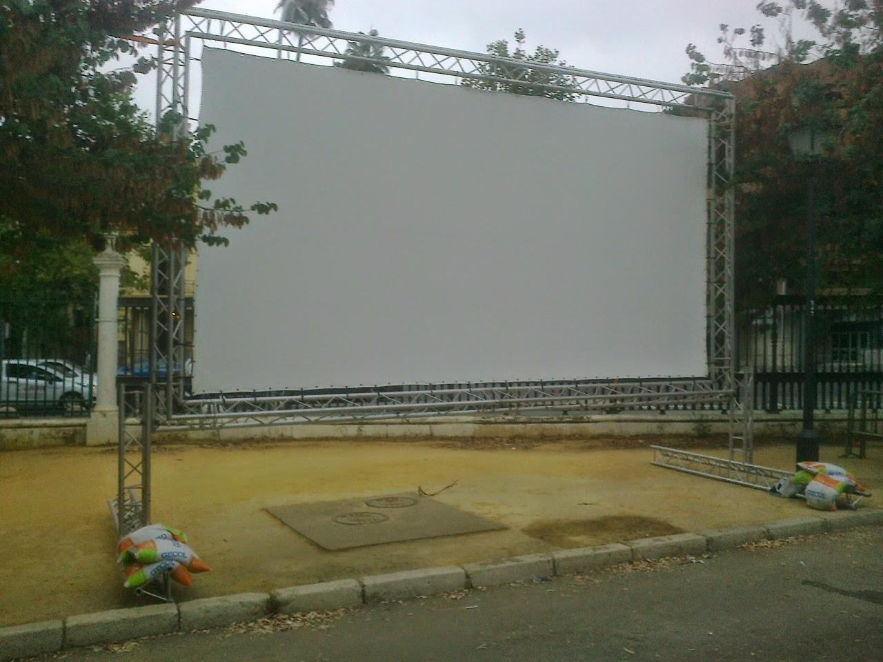 Asociación De Amigos Del Parque Amate Cine De Verano En El Parque Maria Luisa