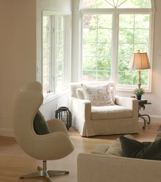 hello-lovely-fixer-belgian-linen-living-room-farmhouse-copenhagen-chair