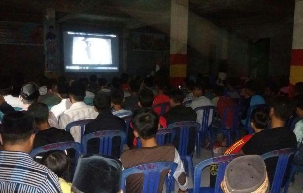 Ramai Nobar Film G.30.S/PKI Di Komp, Muhammadiyah Selayar