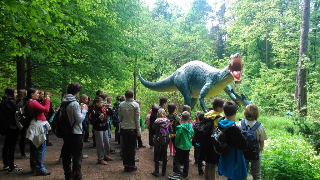 Dinozavri in taborniki se srečajo!