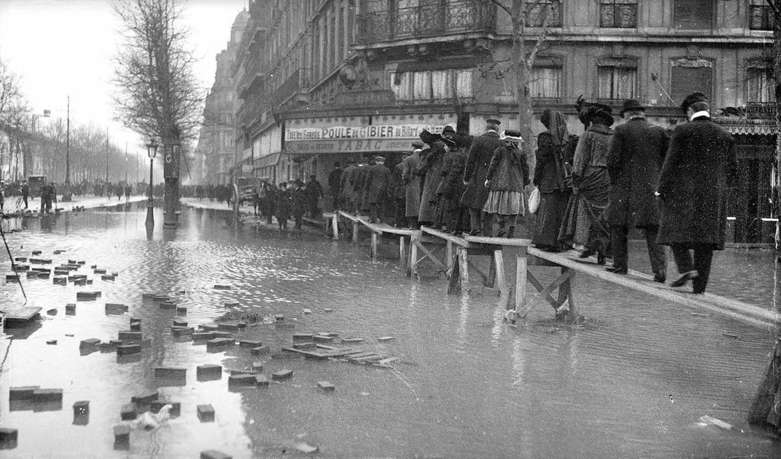 Avenue Daumesnil.
