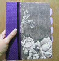 cuaderno de aros alterado y decorado con papel