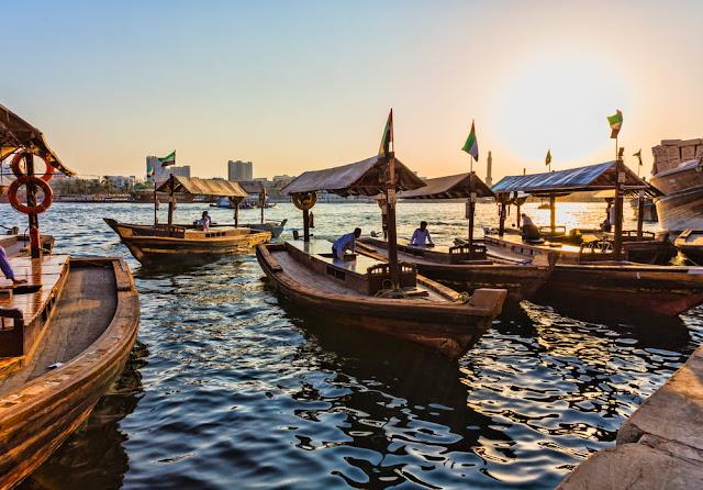 Abras en el Dubai Creek