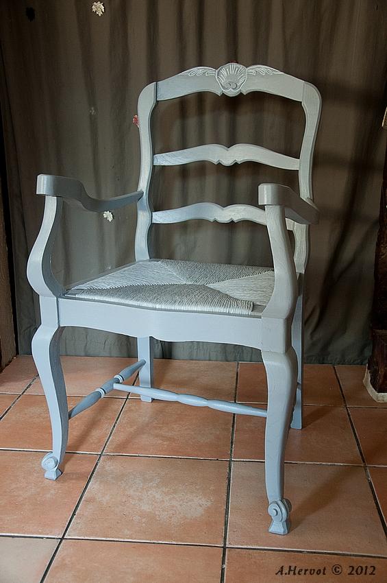 ambiances bois patines un fauteuil. Black Bedroom Furniture Sets. Home Design Ideas