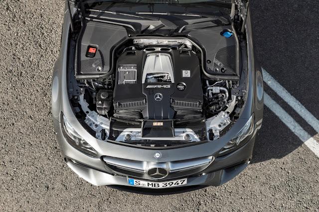 2018 Mercedes-AMG E63 採用 4.0 升的雙渦輪 V8 引擎