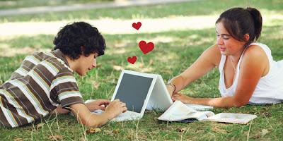 Berkenalan di dunia maya kemudian kopi darat dan  Mau Jatuh Cinta di Dunia Maya? Baca Ini Dulu