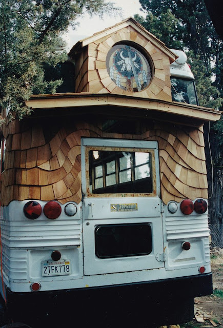 Moon To Moon Rolling Homes An Awesome School Bus