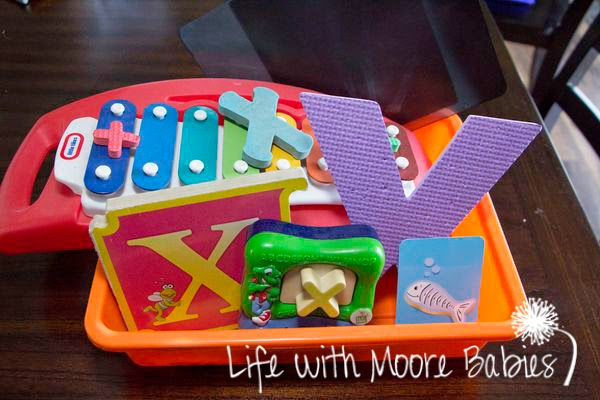How to Make a Letter X Sensory Bin