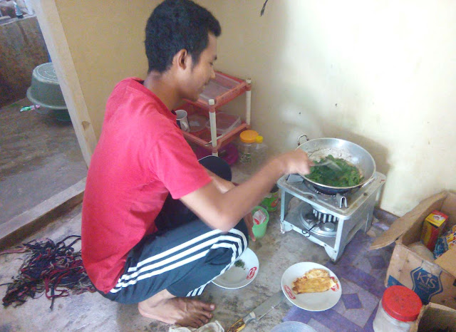 Tips Sehat Anak Kost mie instan