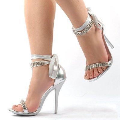 A Wedding Addict: Silver Wedding Shoes