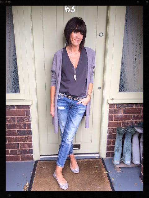 My Midlife Fashion, Zara, ASOS, Rachel Wears, Distressed Denim, Oversized Cardigan