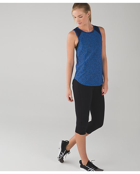 lululemon miss-mosaic-lakeside-sculpt-tank