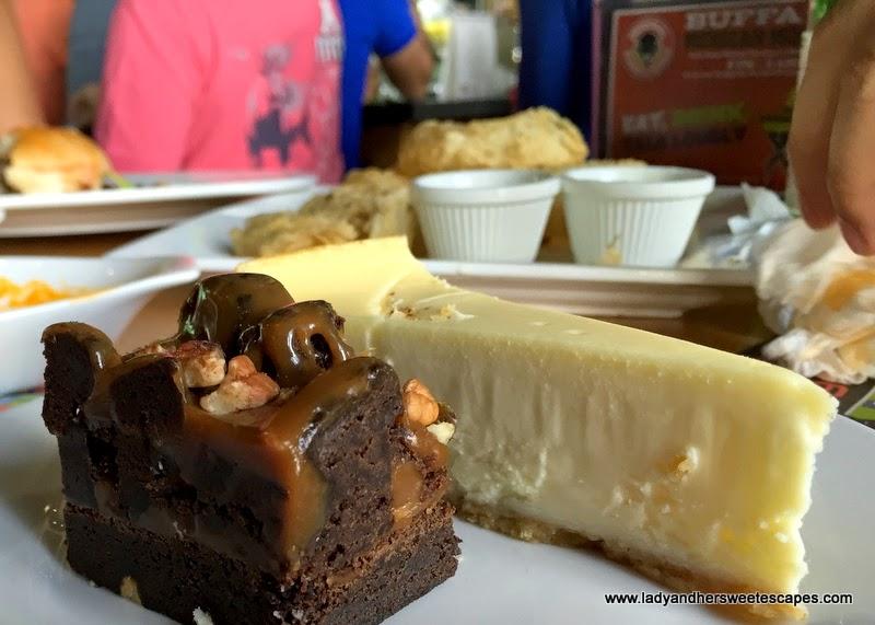 desserts at Original Wings and Rings Dubai