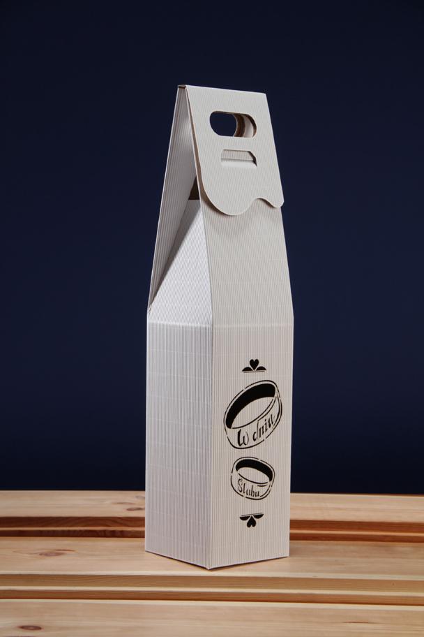 Pudełko na wino ślubne PS4