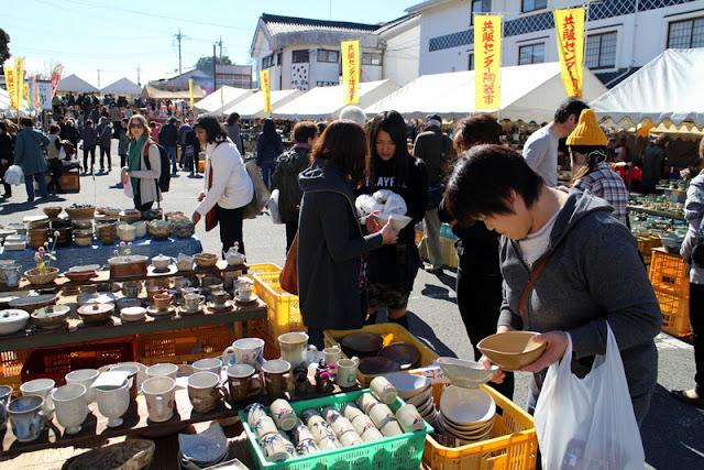Mashiko Toki Ichi - Pottery Fair, Mashiko-machi, Tochigi
