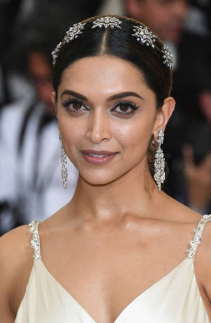 The beautifuldeepika padukone at the MET Gala 3