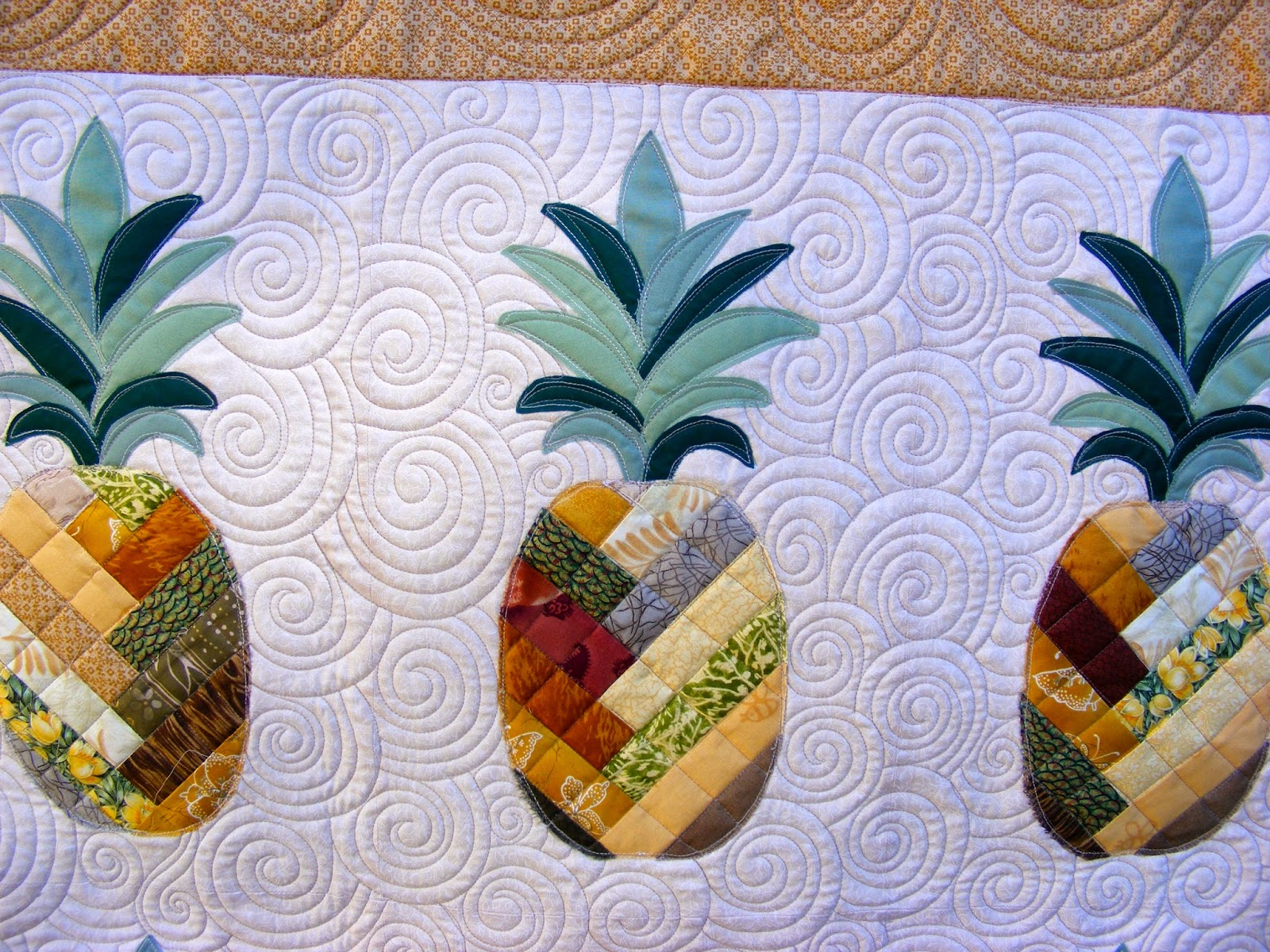 Tia Curtis Quilts A Pineapple Quilt