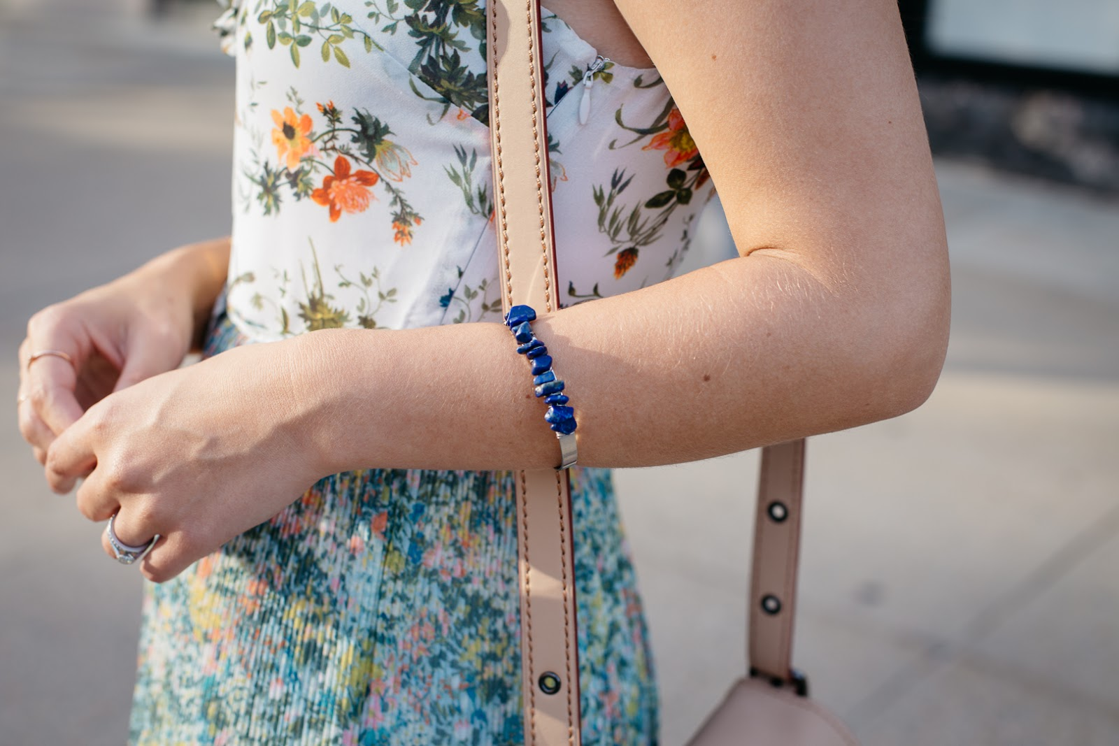 Pairing my favorite blue midi dress from Oasis with navy gems and a nude clutch bag for a summer date night