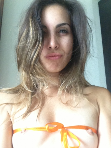 Ampliar Las tetas de Carly Pope - NENAS VIPS - PUTAS KINESIOLOGAS