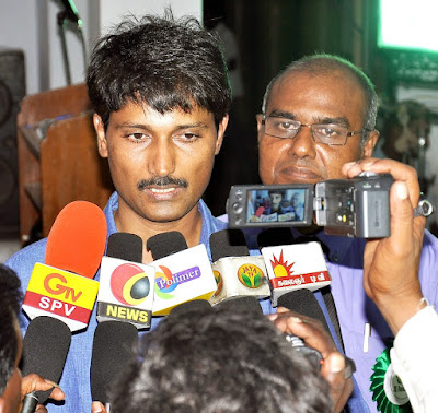j.jayakrishnan e5 with media people
