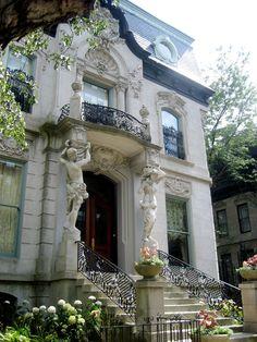 Francis J. Dewes mansion Chicago