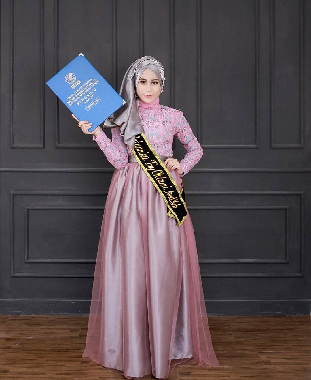 Model Baju Kebaya Wisuda Modern Terbaru Kekinian Model Baju 2018