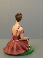 soprammobili complementi di arredo scultura ballerina seduta orme magiche