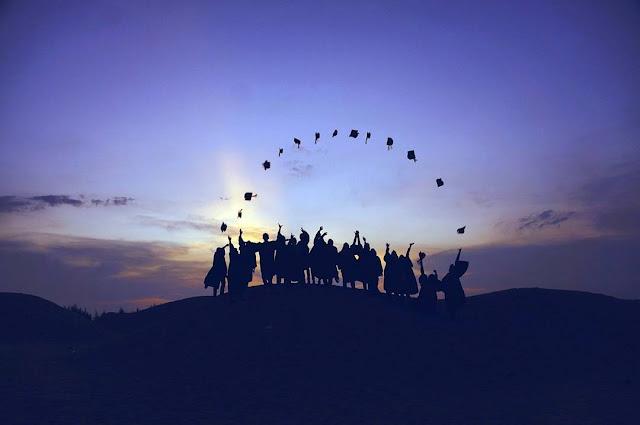 fresh graduate di dunia kerja