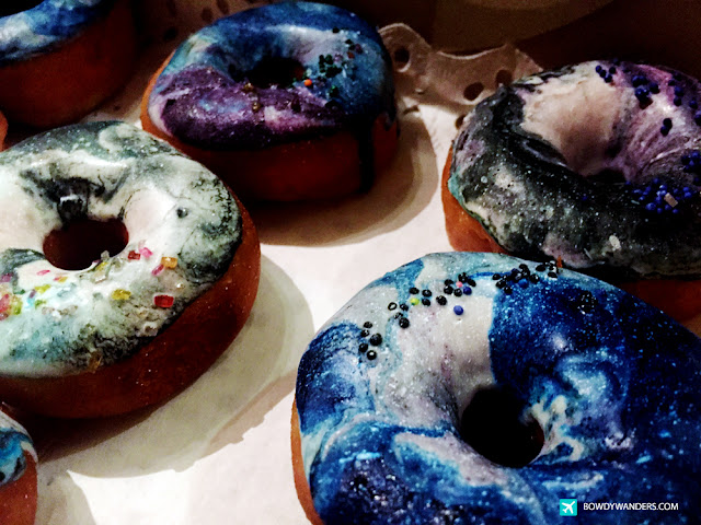 bowdywanders.com Singapore Travel Blog Philippines Photo :: Singapore :: It's Time To Eat Some Intergalactically Delicious Galaxy Donuts in Singapore