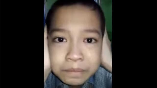 VIDIO: Bocah Autis Kumandangkan Azan Dengan Merdu Hingga Menangis