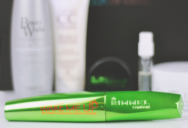 Review of Rimmel Wake Me Up Wonderfull Mascara