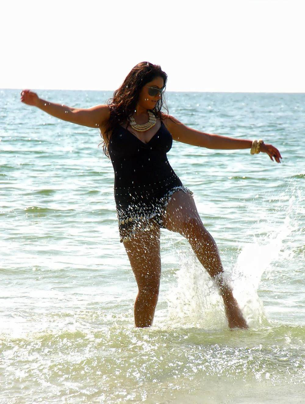 Free Cute Indian College Girls And Pakistani Girls And -9408