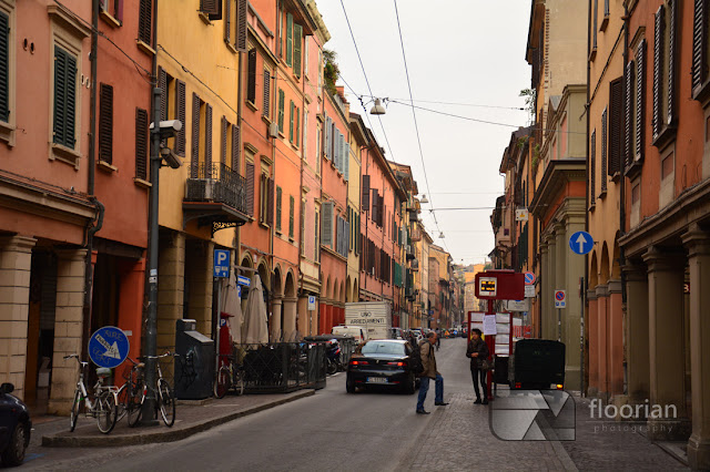 Ulice Bolonii i kilometry arkad