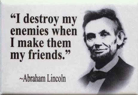 أصنع صداقة و ليست عداوة على الأنترنت