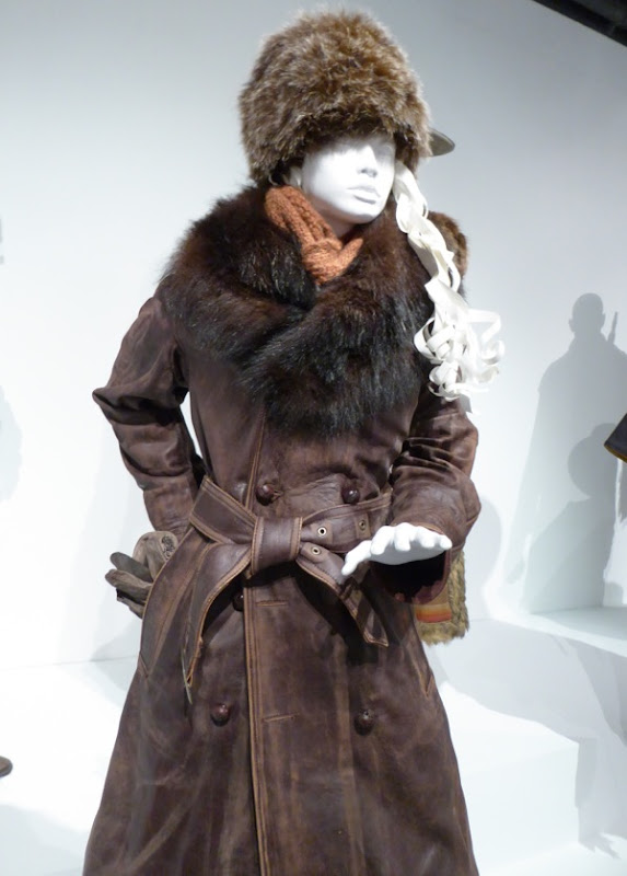 Hateful Eight Daisy Domergue film costume