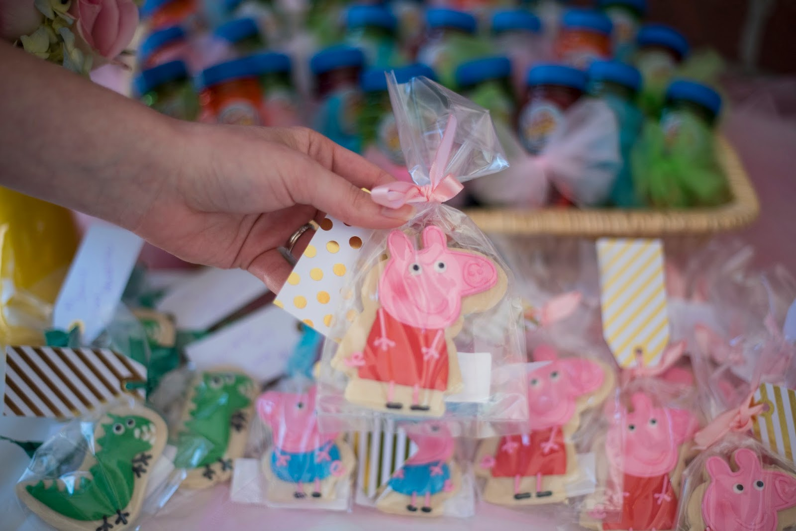 Peppa Pig cookies - Click through to see more on Something Delightful Blog