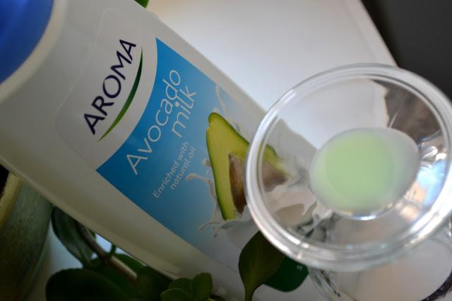 Aroma Fresh Shampoo Avocado Milk