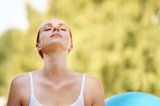 減輕焦慮、幫助入睡 : 4-7-8呼吸技巧