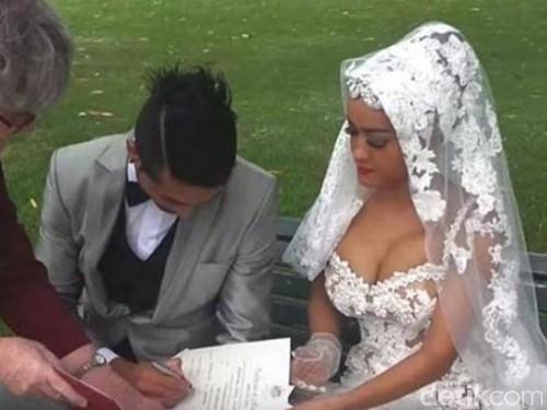Foto Pernikahan Jupe-Gaston