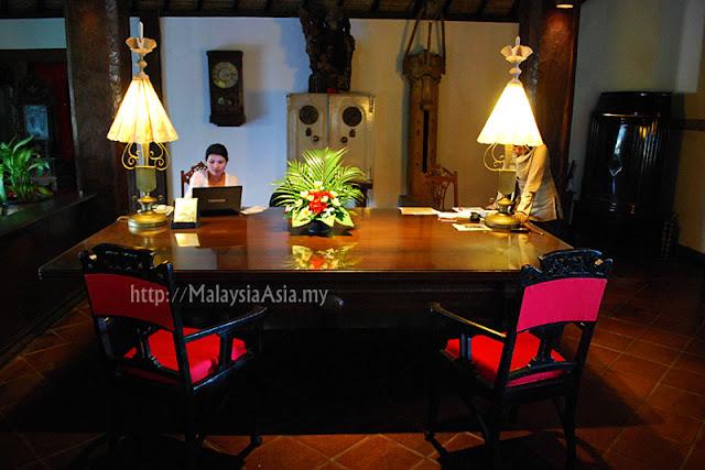 Reception at Tugu Hotel