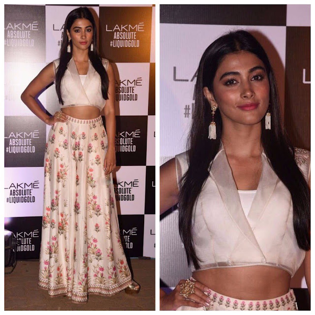 pooja hegde at lakme fashion week 2017