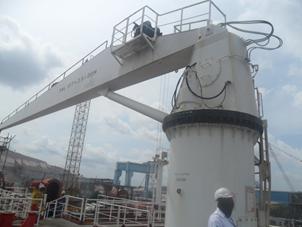 Cargo Hoist Handling Crane S.W.L. 10 TON