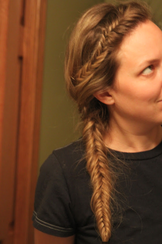 75 best images about French, Goddess, Fishtail, & 3D ... |Side Fishtail Braid With Curls