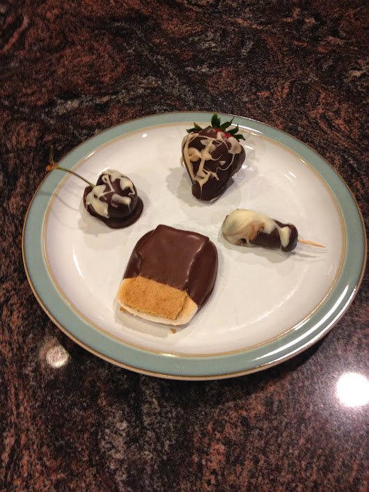 Chocolate-Dipped Variety Plate