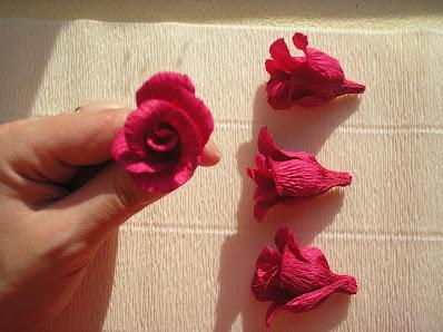 Róże z krepiny  - kurs krok po kroku