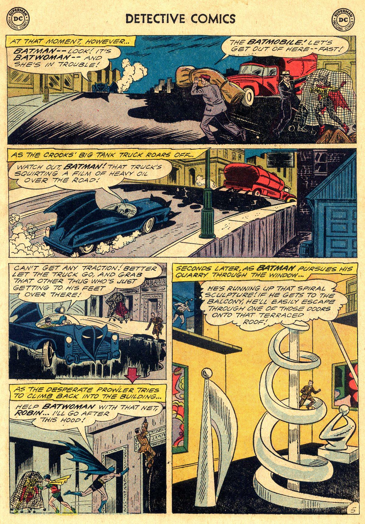 Detective Comics (1937) 302 Page 6
