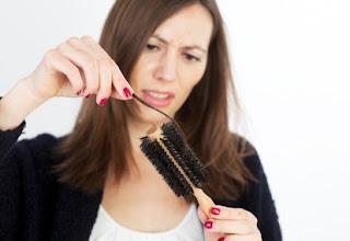Cara Mengatasi dan Mengobati Rambut Rontok Secara Medis