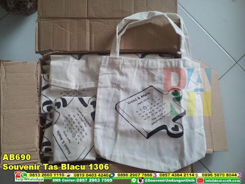 souvenir tas blacu 1306 murah